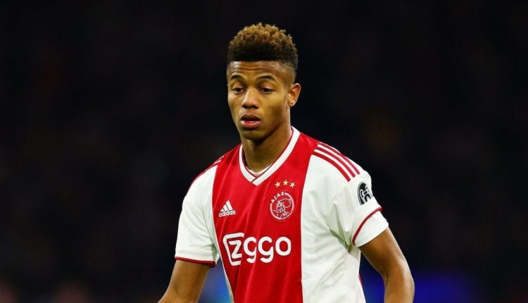 David Neres signs new Ajax contract amid Manchester United interest